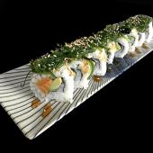 Uramaki Salmón Wakame Roll (8 uds.)