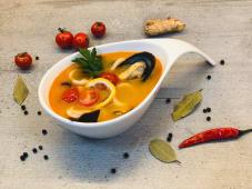 Том Кха з морепродуктами