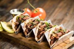 Tacos de bistek (4 porciones)