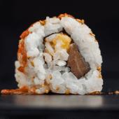 Uramaki hot mango (4 piezas)