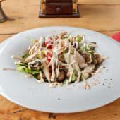 Salata s piletinom i mariniranim šampinjonima