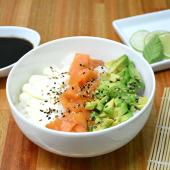 Chirashi salad salmón ahumado, palta y Philadelphia