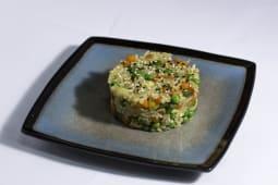 Рис жареный с овощами 120г.