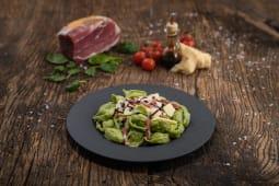 Tortelloni cu extract de spanac in stil Vecchia Modena