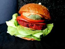 Crveni burger Potjeh 100g (ljuti)