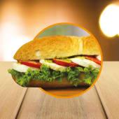 Capreseli Sandwich (16 cm.)