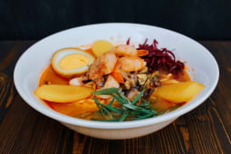 Том Ям Сой с морепродуктами