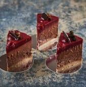 Безглютеновий шоколадно-вишневий торт (120г)