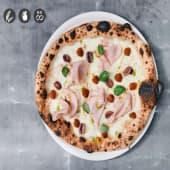 Pizza de jamón braseado