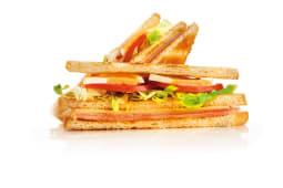 Sándwich York Y Queso Con Vegetales