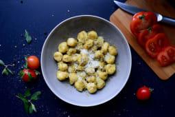 Gnocchi with pesto sauce 200gr