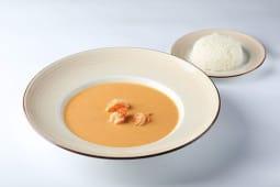 Острый суп с креветками на основе кокосового молока