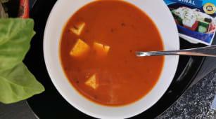 Supa de rosii cu feta (vegatariana)