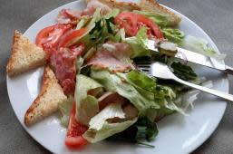 Теплий салат з беконом (250г)