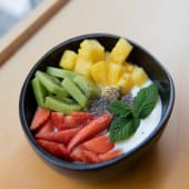 Yogur Con Frutas Y Chía
