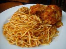 Tallarines con pollo