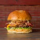 33. Hamburguesa con lechuga, cheddar y  panceta