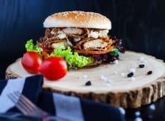 Burger cu snitel de peste