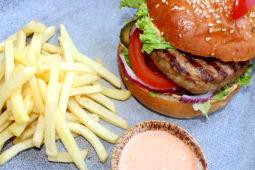Гамбургер Біг Бос зі свининою-гриль (270/100/30г)