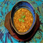 Sopa agria y picante