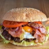Burger z jajem XL