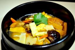 Tofu en la olla, vegano