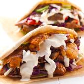 Doner kebab con queso y ternera