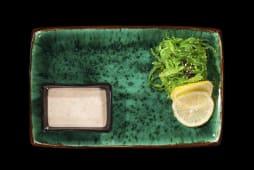 Чука з горіховим соусом (115г)