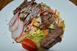 Салат с говяжим мясом