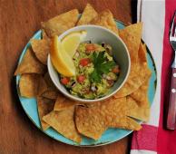 Guacamole com Chips de Milho