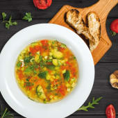 Minestrone cu legume proaspete