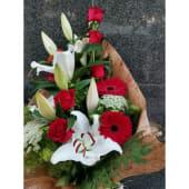 Ramo De Rosas Con Lilium, Hinojo Y Gerberas