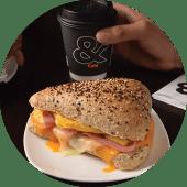 Ciapatta de Jamón y Huevo + Café o Latte