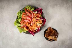 Salata sa grill piletinom