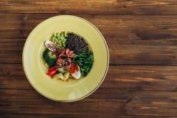 Боул з авокадо та ростбіфом (330г)