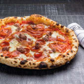 Pizza amanti della carne