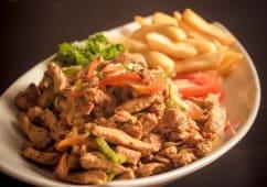 Shawarma chicken & garlic & french fries