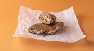Losos Baget sendvič