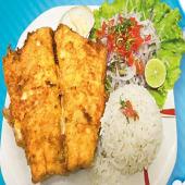 Pescado frito con arroz y yuca frita - perico