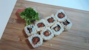 Uramaki tatar z tuńczyka