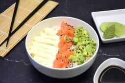 Sushi salad salmón, palta y Philadelphia