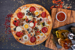 Pizza Brasoveana