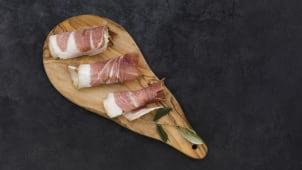 Bacon afumat în casă (feliat)
