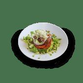 Ensalada de burrata fresca y tomate seco