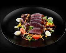 Salata cu steak de ton