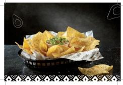Tortillia Chips  con Guacamole