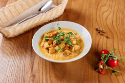 Сирний суп з куркою і сухариками (300г)