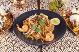 Stir fry 'Korat' noodle