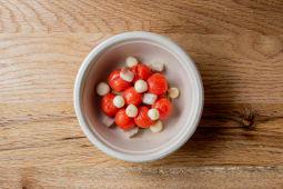 Tomates Cherry Confitados, Pan Aceitado, Bolas De Queso, Anguila Ahuma