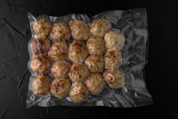 Chiftele de pui cu busuioc și mozzarella